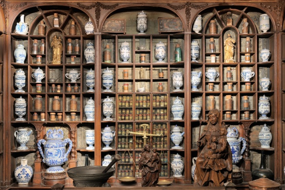 royal-apothecary-of-saint-germain3